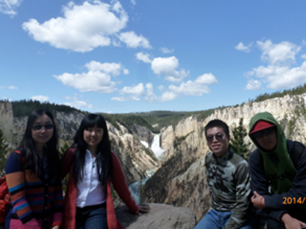 A Wonderful Week in Yellowstone National Park